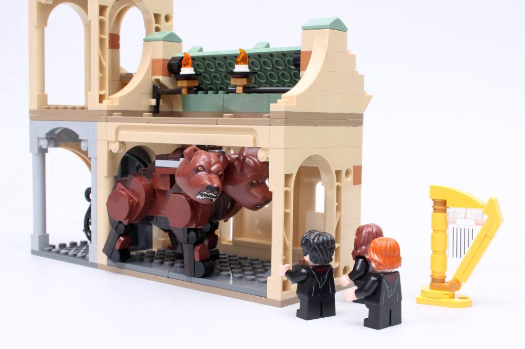 LEGO Harry Potter 76387 Hogwarts Fluffy Encounter review 5