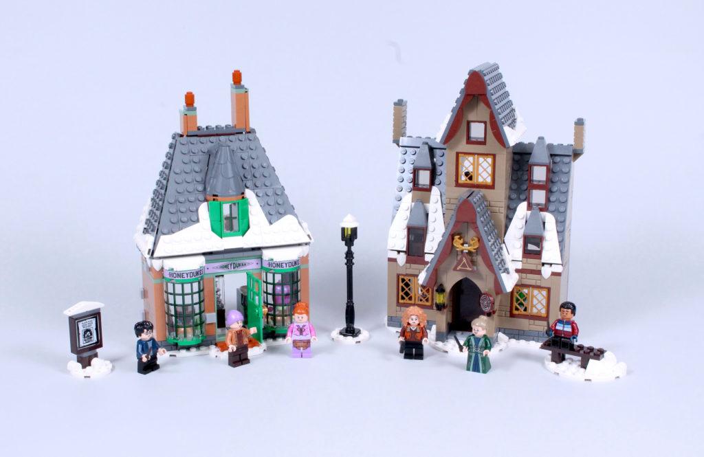 LEGO Harry Potter 76388 Hogsmeade Village Visit review 2