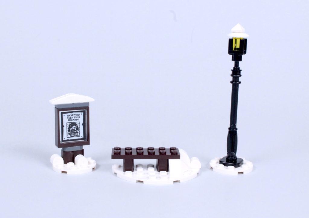 LEGO Harry Potter 76388 Hogsmeade Village Visit review 23
