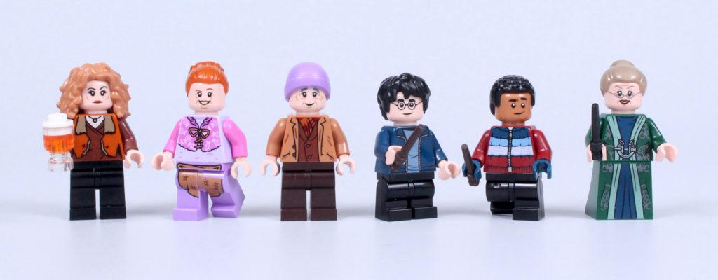 LEGO Harry Potter 76388 Hogsmeade Village Visit review 25