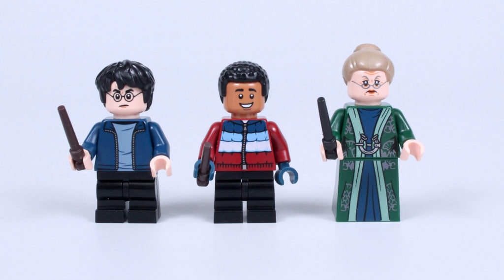 LEGO Harry Potter 76388 Hogsmeade Village Visit review 26