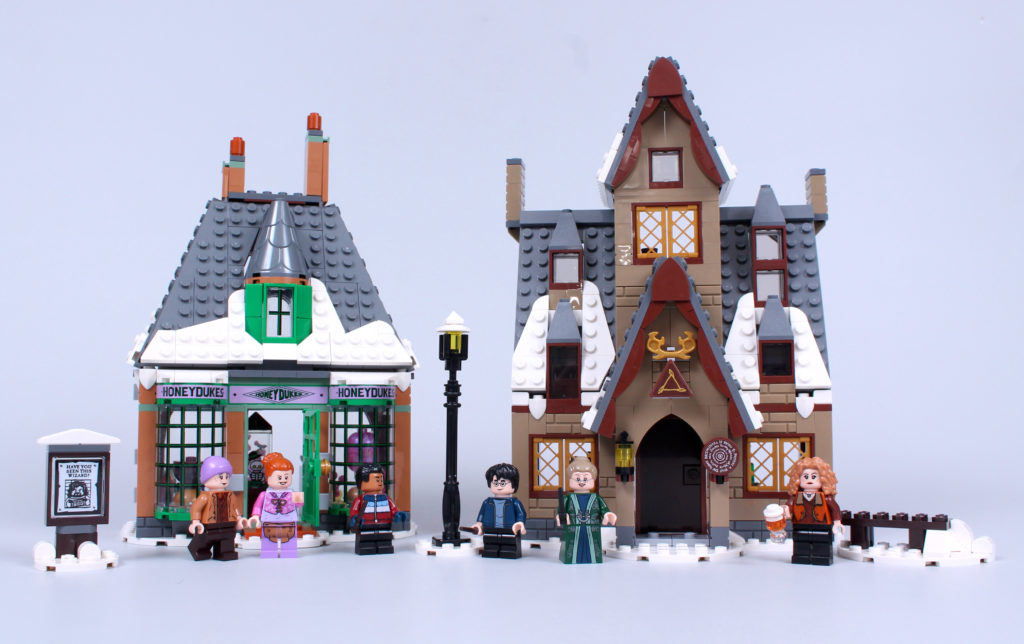 LEGO Harry Potter 76388 Hogsmeade Village Visit review 4
