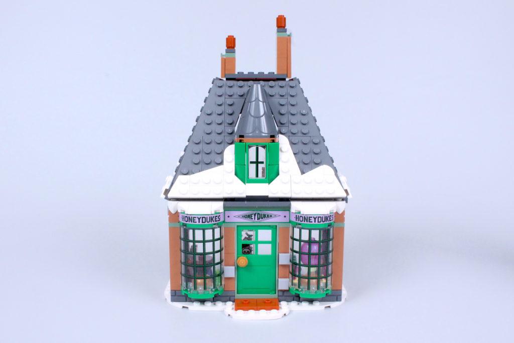 LEGO Harry Potter 76388 Hogsmeade Village Visit review 5