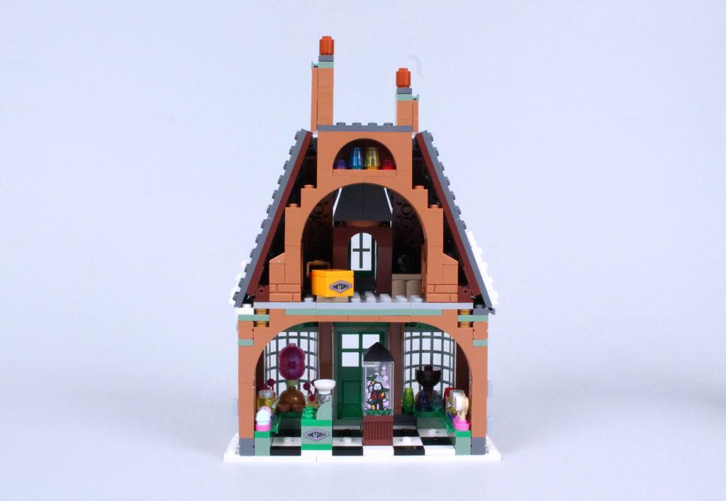 LEGO Harry Potter 76388 Hogsmeade Village Visit review 6