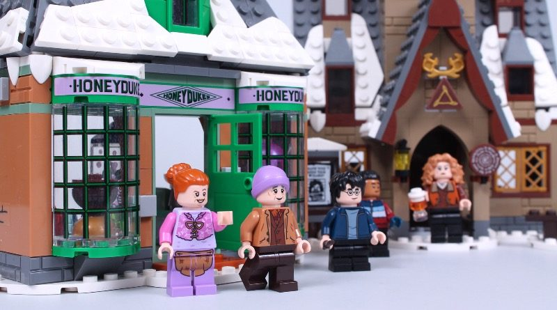 LEGO Harry Potter 76388 Hogsmeade Village Visit review featured