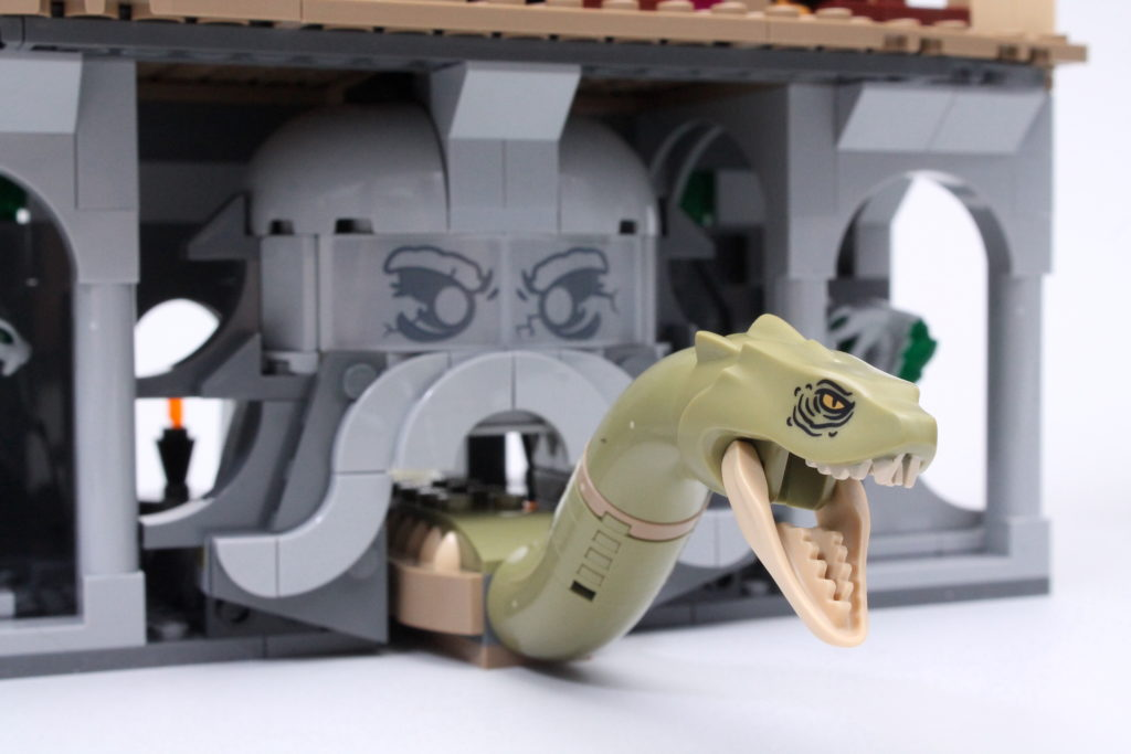 LEGO Harry Potter 76389 Chamber of Secrets review 11