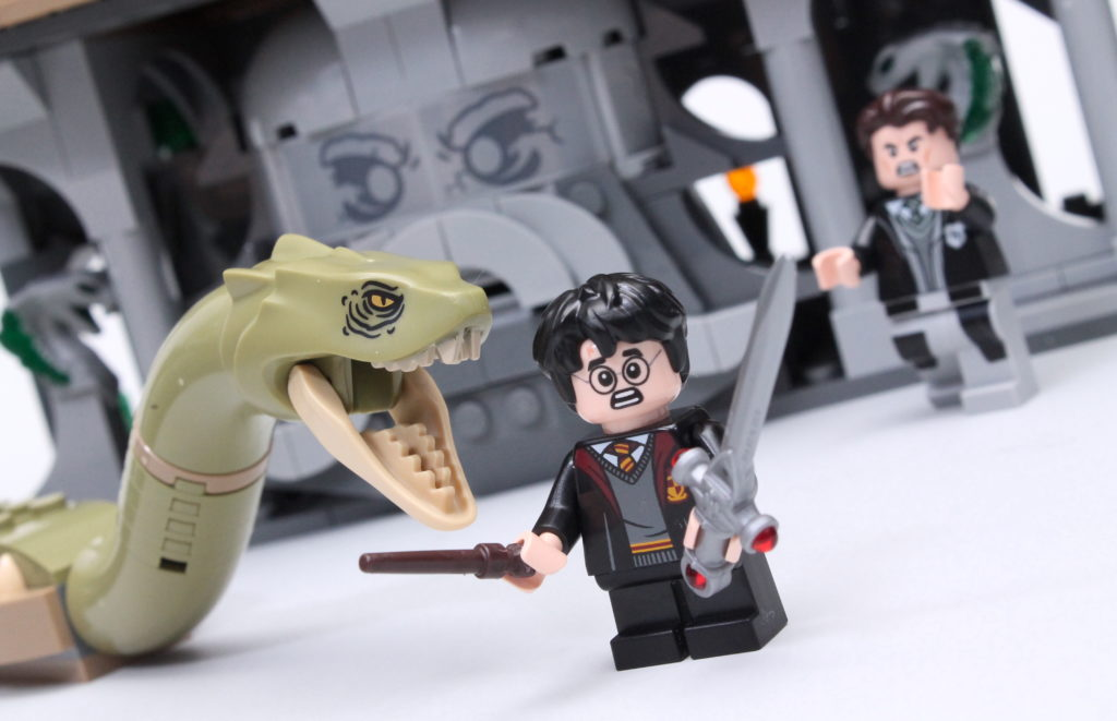 LEGO Harry Potter 76389 Chamber of Secrets review featured
