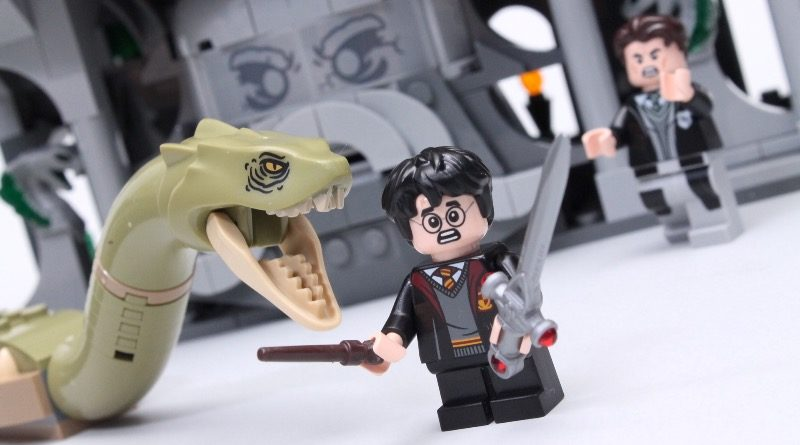 LEGO Harry Potter 76389 Chamber of Secrets review title
