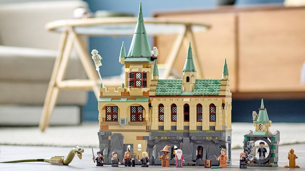 LEGO Harry Potter 76389 Hogwarts Chamber Of Secrets Featured Resized
