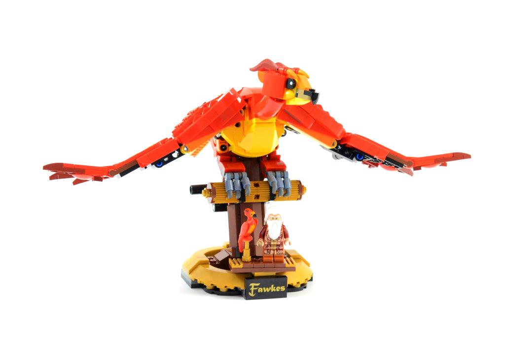 LEGO Harry Potter 76394 Fawkes Dumbledores Phoenix review 1