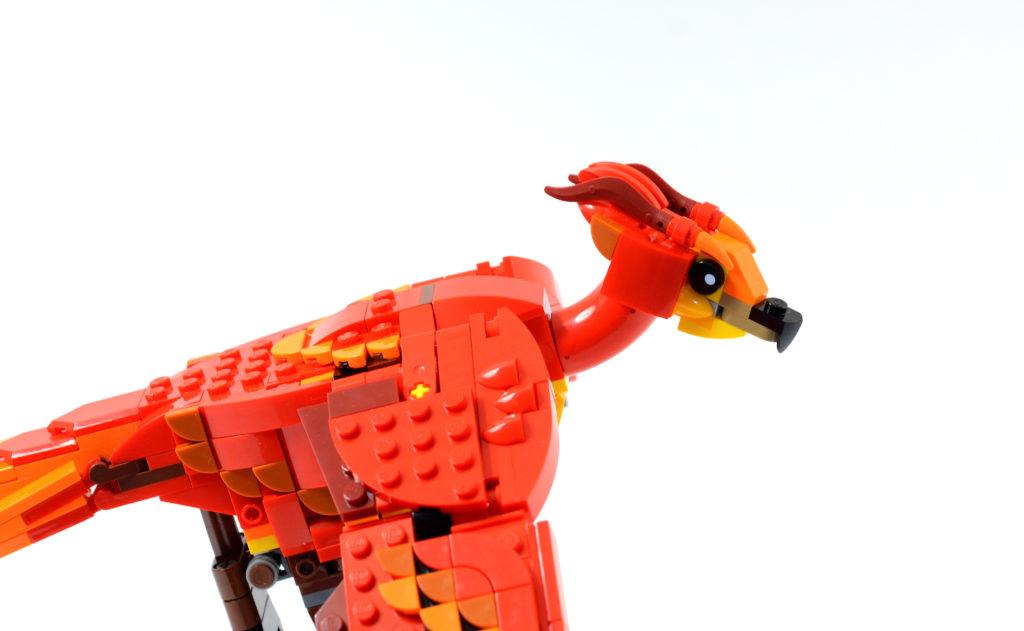 LEGO Harry Potter 76394 Fawkes Dumbledores Phoenix review 10