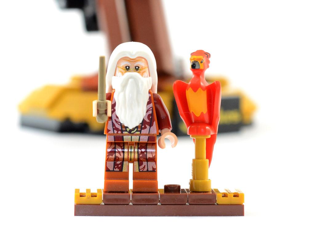 LEGO Harry Potter 76394 Fawkes Dumbledores Phoenix review 14
