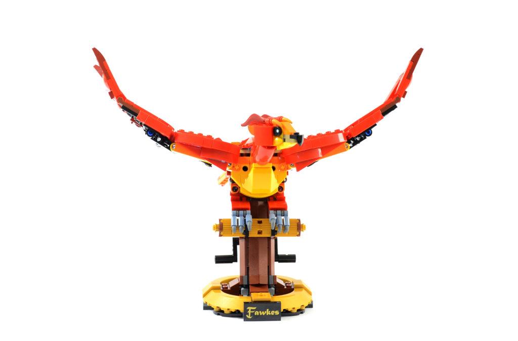 LEGO Harry Potter 76394 Fawkes Dumbledores Phoenix review 5