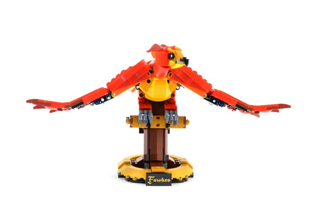 LEGO Harry Potter 76394 Fawkes Dumbledores Phoenix review 7