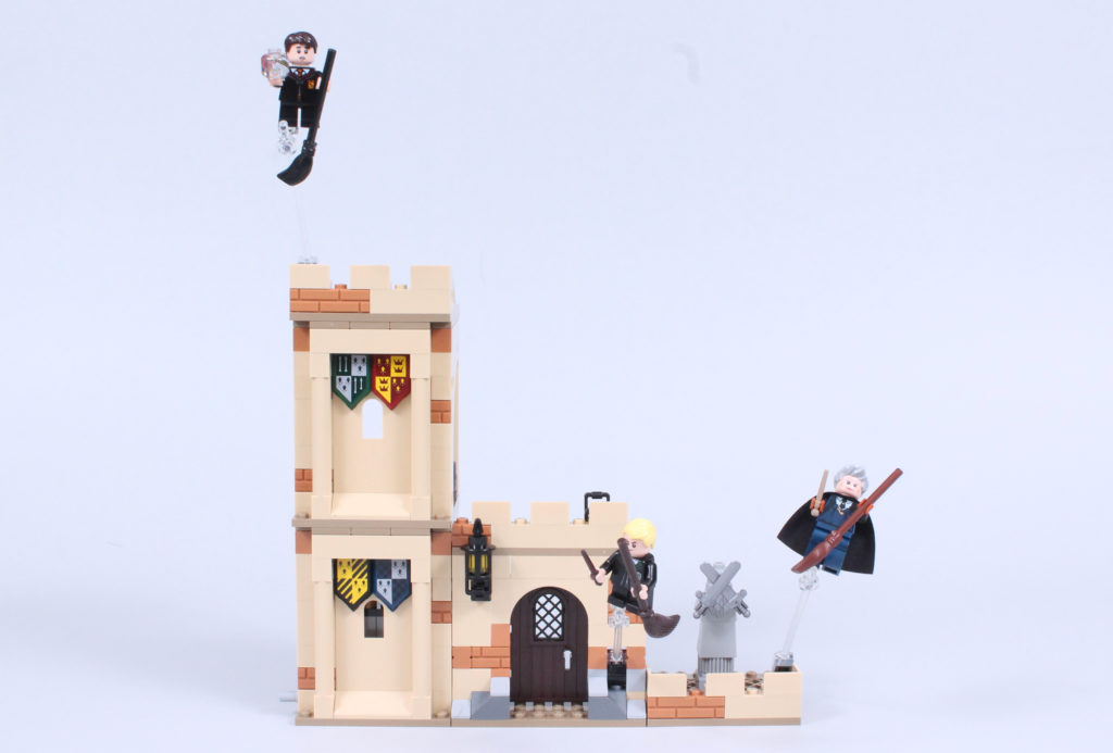 LEGO Harry Potter 76395 Hogwarts First Flying Lesson review 13