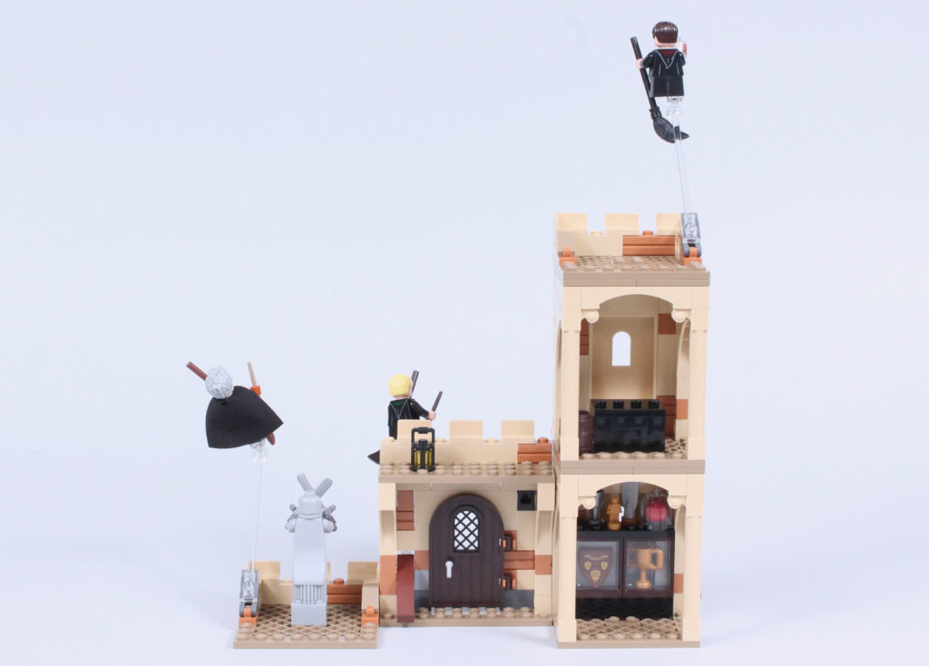 LEGO Harry Potter 76395 Hogwarts First Flying Lesson review 14