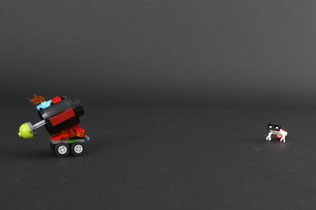 LEGO Hidden Side 30464 El Fuegos Stunt Cannon Polybag Review 4