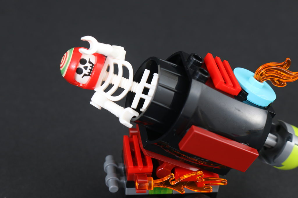 LEGO Hidden Side 30464 El Fuegos Stunt Cannon Polybag Review 8