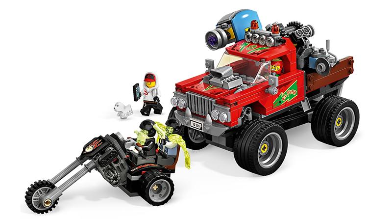 LEGO Hidden Side 70421 El Fuegos Stunt Truck Featured