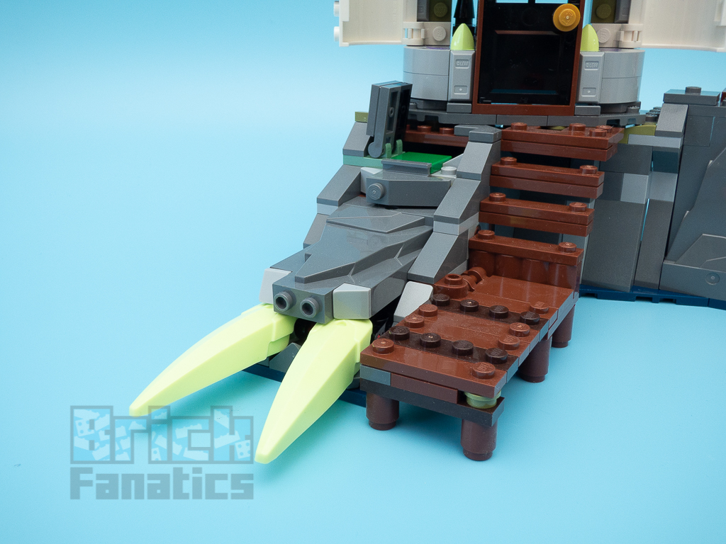 LEGO Hidden Side 70431 The Lighthouse Of Darkness 25