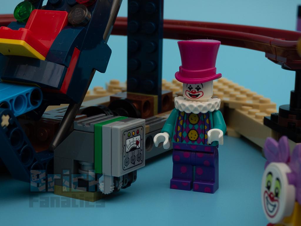 LEGO Hidden Side 70432 Haunted Fairground 16