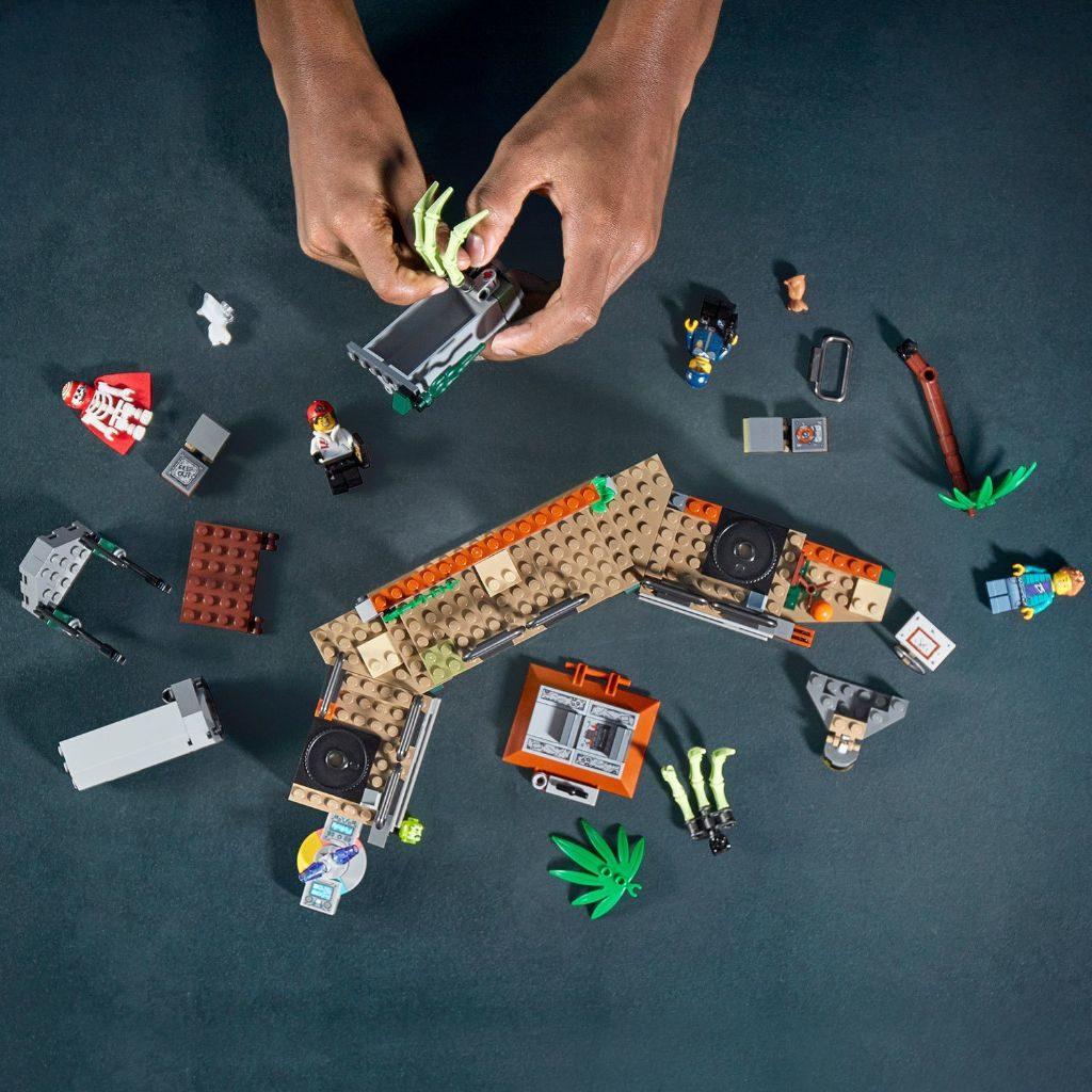 LEGO Hidden Side 70435 Newbury Abandoned Prison 11 1024x1024