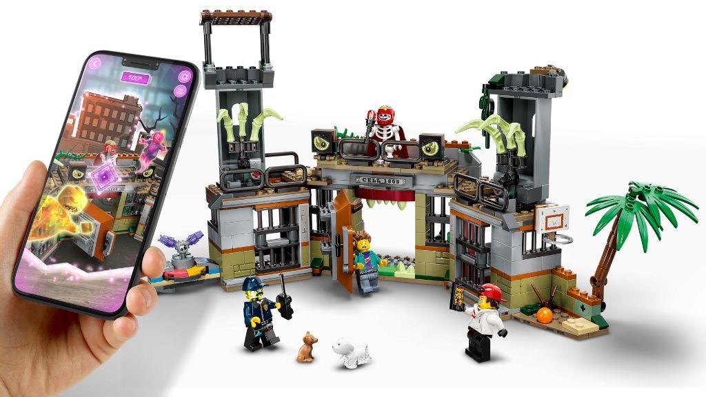 LEGO Hidden Side 70435 Newbury Abandoned Prison 4