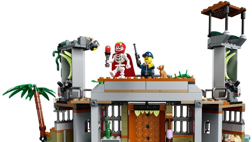LEGO Hidden Side 70435 Newbury Abandoned Prison 5
