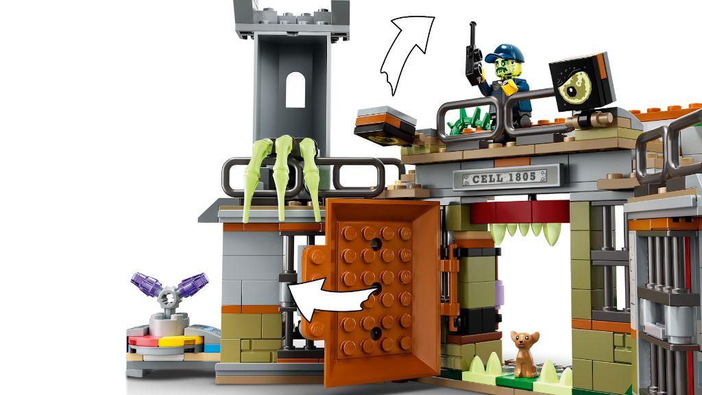 LEGO Hidden Side 70435 Newbury Abandoned Prison 7