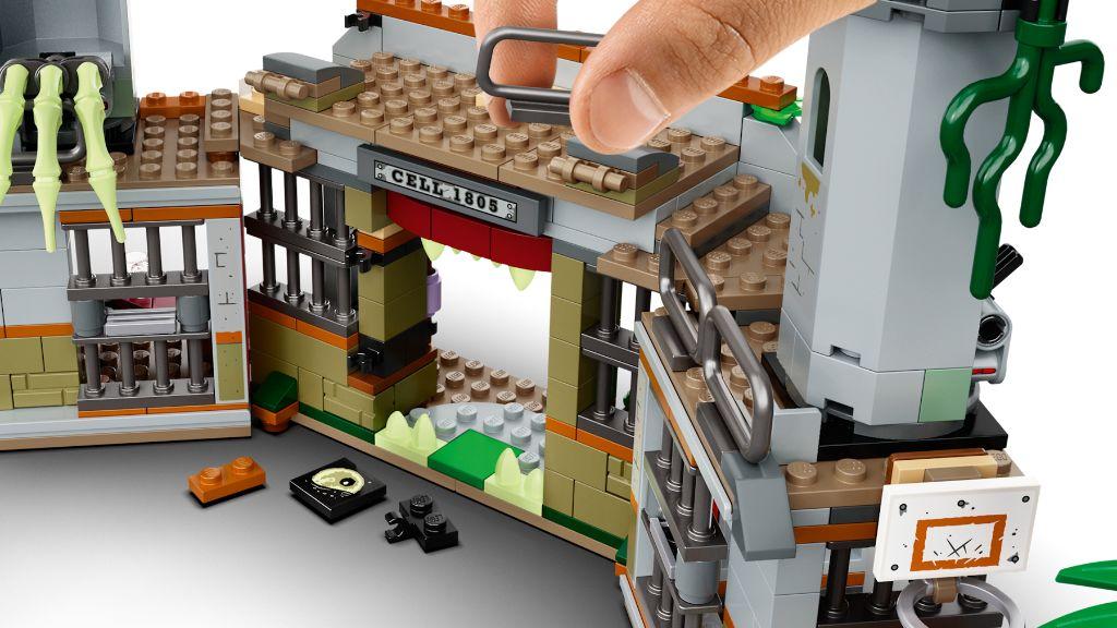 LEGO Hidden Side 70435 Newbury Abandoned Prison 8