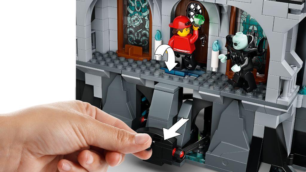LEGO Hidden Side 70437 Castle Of Mystery 7