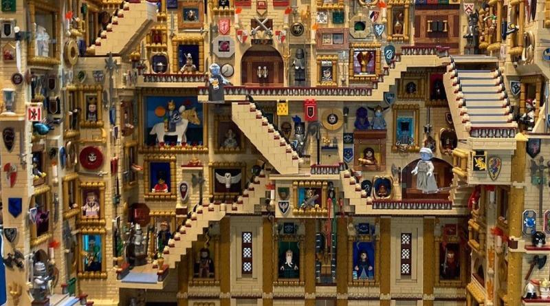 LEGO Hogwarts Stairs MOC