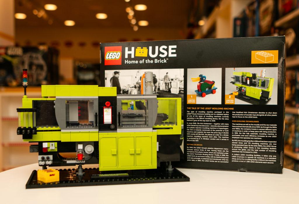 LEGO House 40502 The Brick Moulding Machine 2