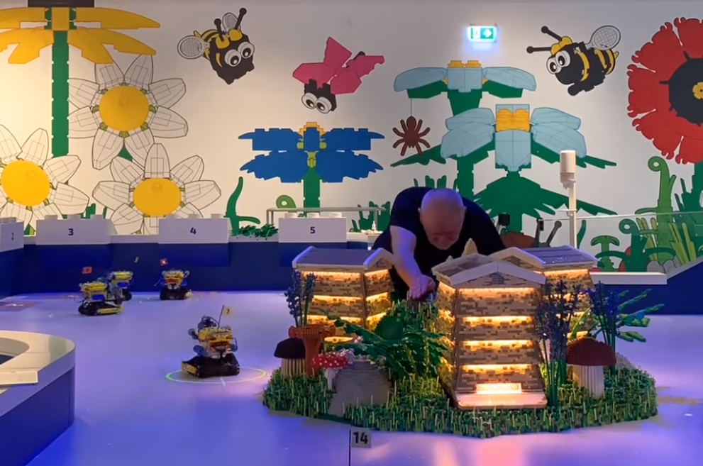 LEGO House Bee Experience 2