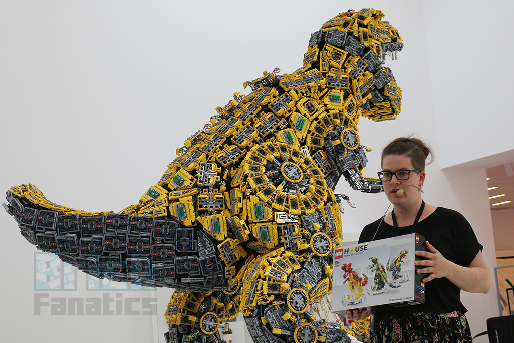 LEGO House Dinosaur Building 1