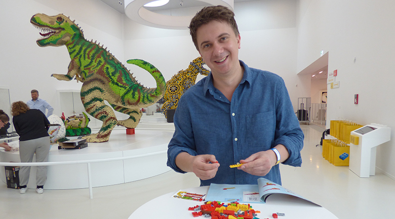 LEGO House Dinosaur Building Featured 800 445