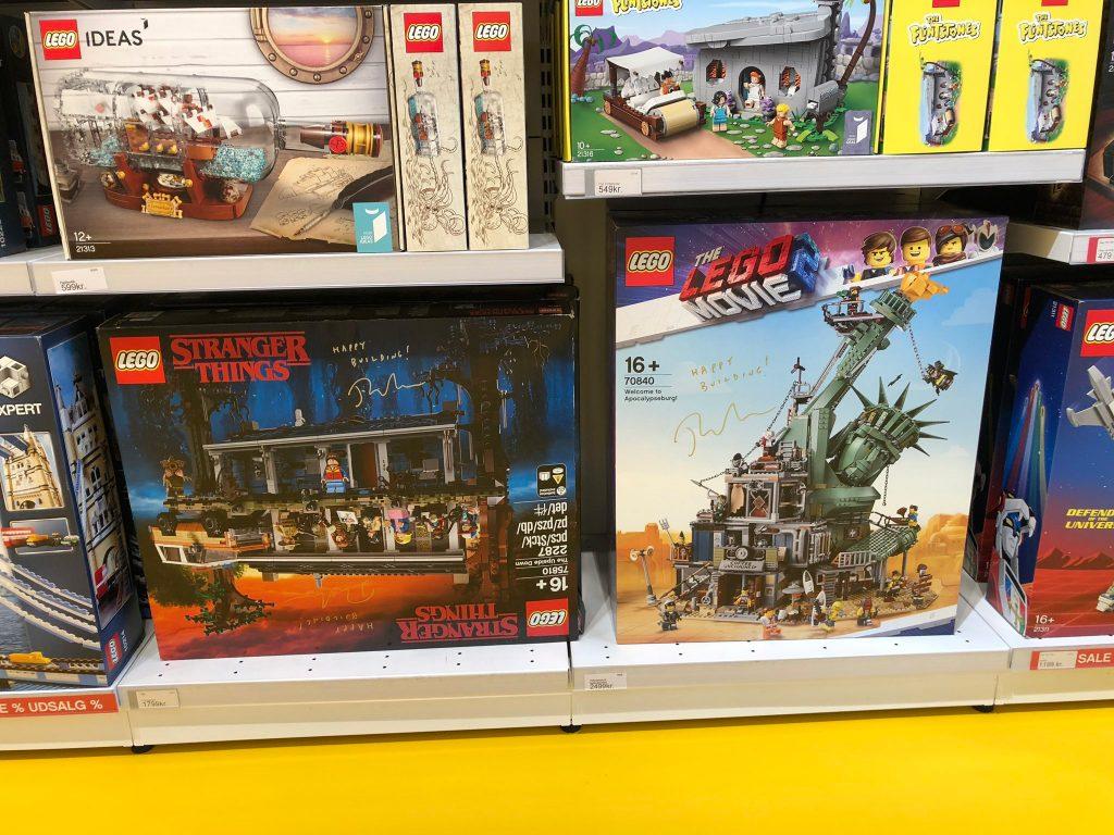 LEGO House Signed Boxes 1