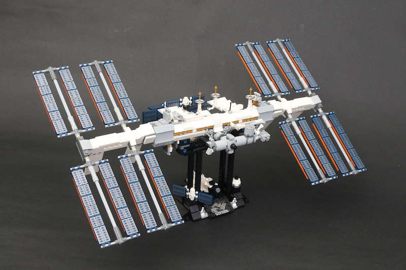 LEGO IDEAS 21321 International Space Station Review 1 1