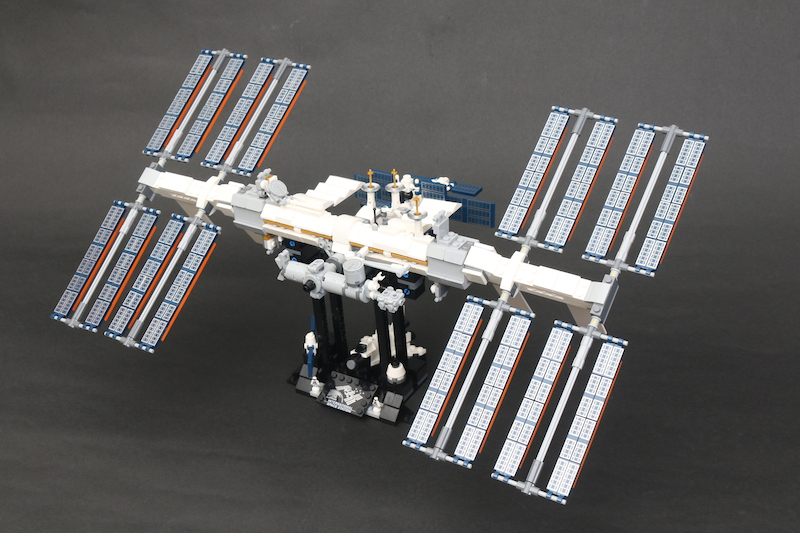 LEGO IDEAS 21321 International Space Station Review 2