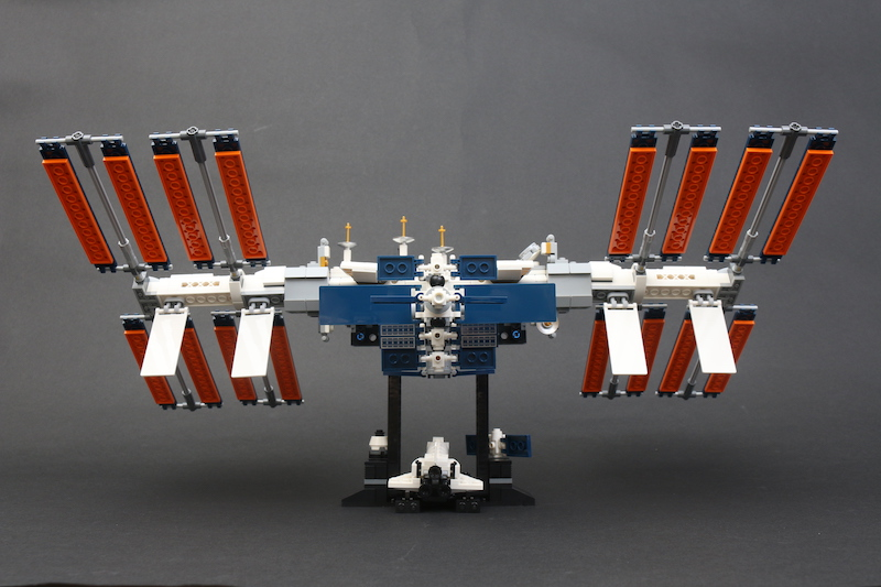 LEGO IDEAS 21321 International Space Station Review 5