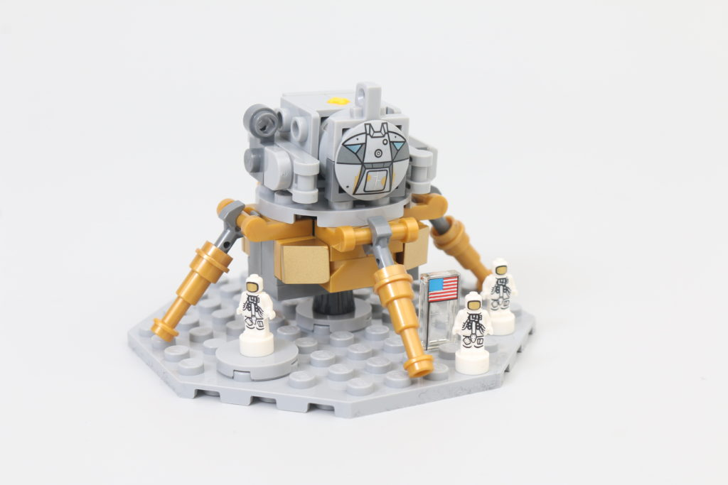 LEGO Ideas 21309 92176 NASA Apollo Saturn V Review 1