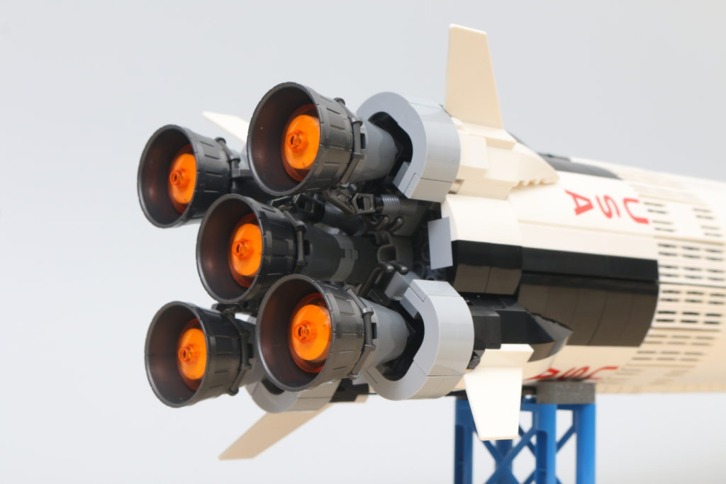 LEGO Ideas 21309 92176 NASA Apollo Saturn V Review 8