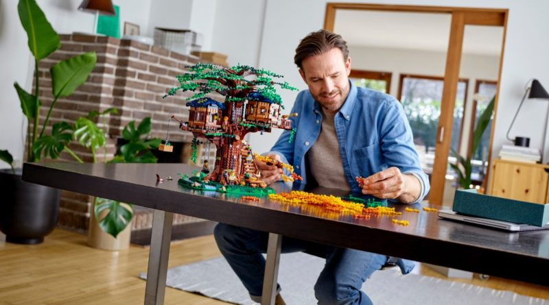 LEGO Ideas 21318 Tree House featured resized 2