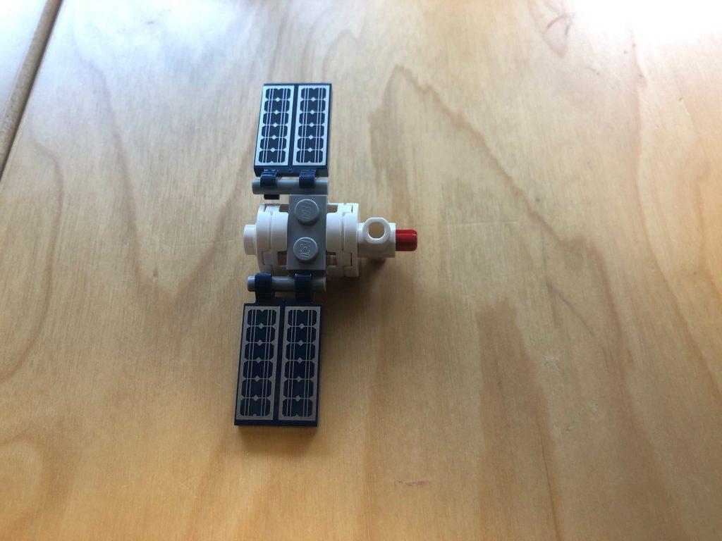 LEGO Ideas 21321 ISS History 1