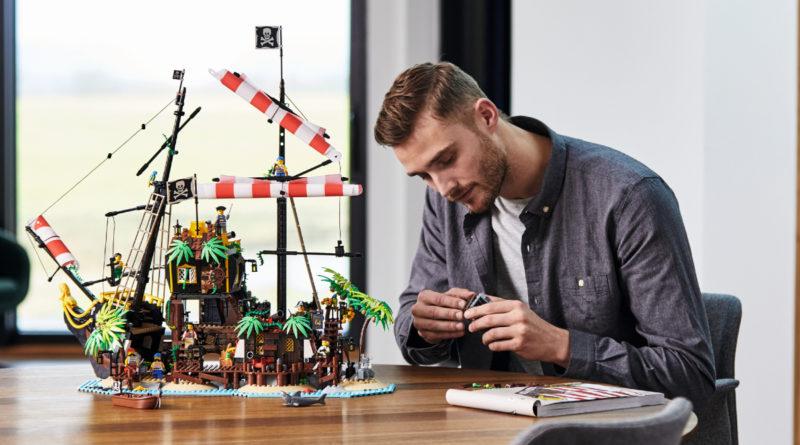 LEGO Ideas 21322 Pirates of Barracuda Bay lifestyle 1 resized featured