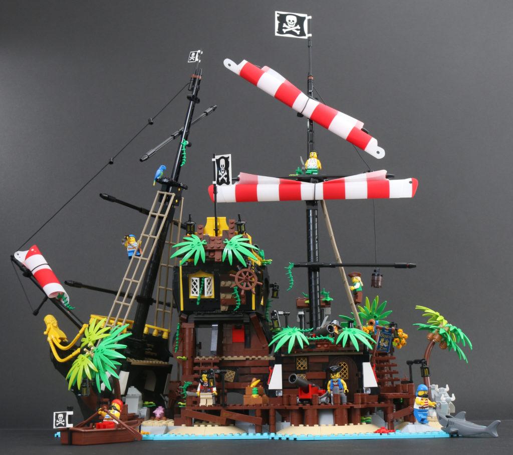 LEGO Ideas 21322 Pirates Of Barracuda Bay Review 1i