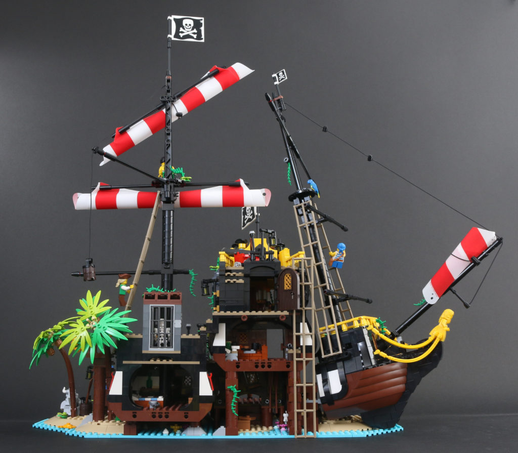LEGO Ideas 21322 Pirates Of Barracuda Bay Review 1ii