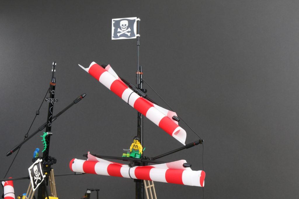 LEGO Ideas 21322 Pirates of Barracuda Bay review 23