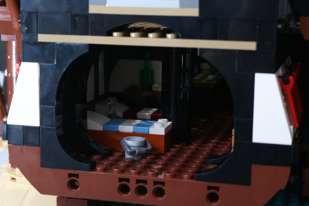 LEGO Ideas 21322 Pirates of Barracuda Bay review 34