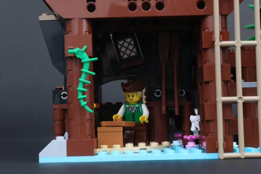 LEGO Ideas 21322 Pirates Of Barracuda Bay Review 39